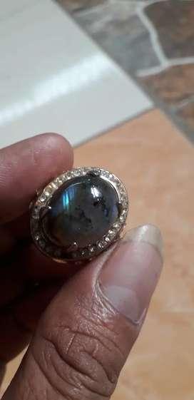 Batu labrador ,giwang biru