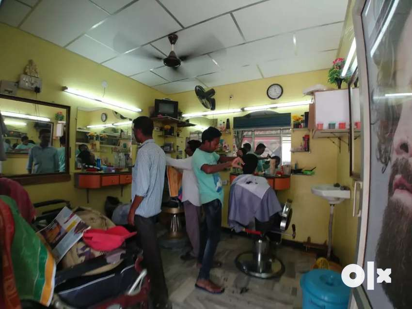 Mens beauty parlour  Ceylon Urgent money need 0