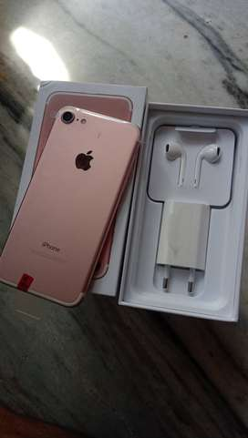 New  sale dhamaka offer IPhone 7 128gb with accessories only 21999