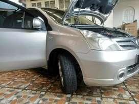Nissan Grand Livina 1.5 ( Apik Mulus )