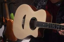 Gitar akustik Yamaha Apex