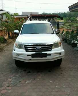 Ford everest 2.5L 4x4