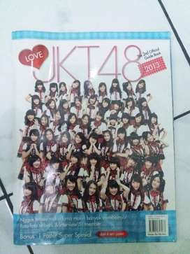 Majalah Official JKT 48