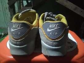Nike air Max original shoes on sale