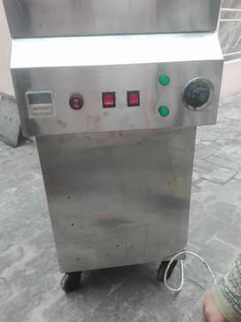 Fryer 20 letter with blower like new