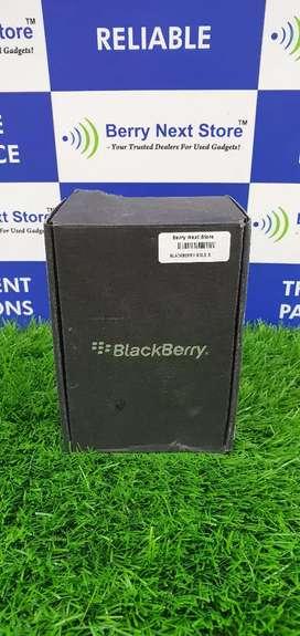 BlackBerry Bold 5 9790 - Brand New Boxed Pack