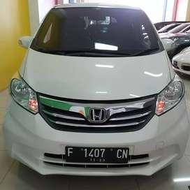 Honda Freed Psd 2012 Matic Putih