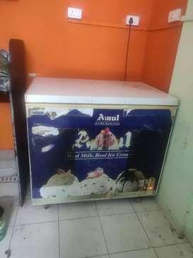 Amul.deep freezer