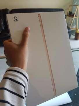 iPad 8 32GB Gold Wifi only