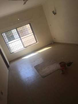 5marla Portion Availble Neat&Clean House for rent in johar Town Lahore