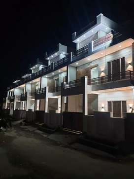 Duplex for sell 5200000