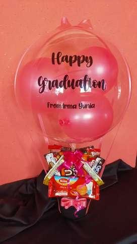 bucket balon snack dan bunga