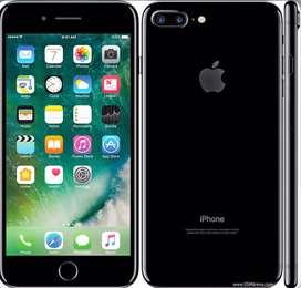 I phone 7 plus 128 gb with chatger n earphones
