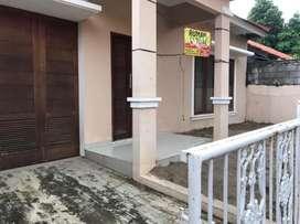 Rumah dijual cepat komplek asri seberang Bintaro