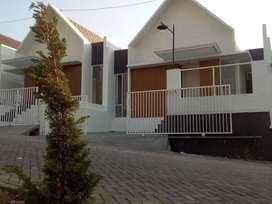 Disewakan Rumah Baru Griya Lestari Ngaliyan