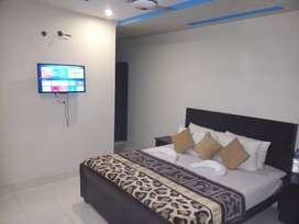 HOTEL short stay 2000 & Night 3000 luxury  bed rooms & weekly15000