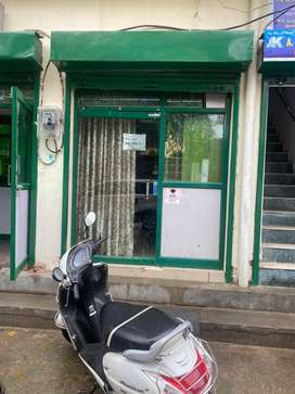 350 Sq Feet Office Space With Manager Room Near To Krishna Nagar Metro