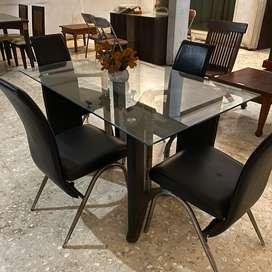 Set meja kursi makan kaca kulit hitam elegan