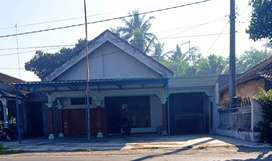 Jual Cepat Rumah Blitar Pinggir Jalan Provinsi
