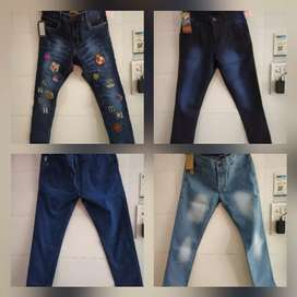 Buy 3 jeans only at rs 1100