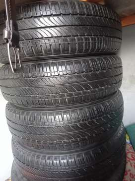 Tyre selling 175/65/15 tyre 90% condition