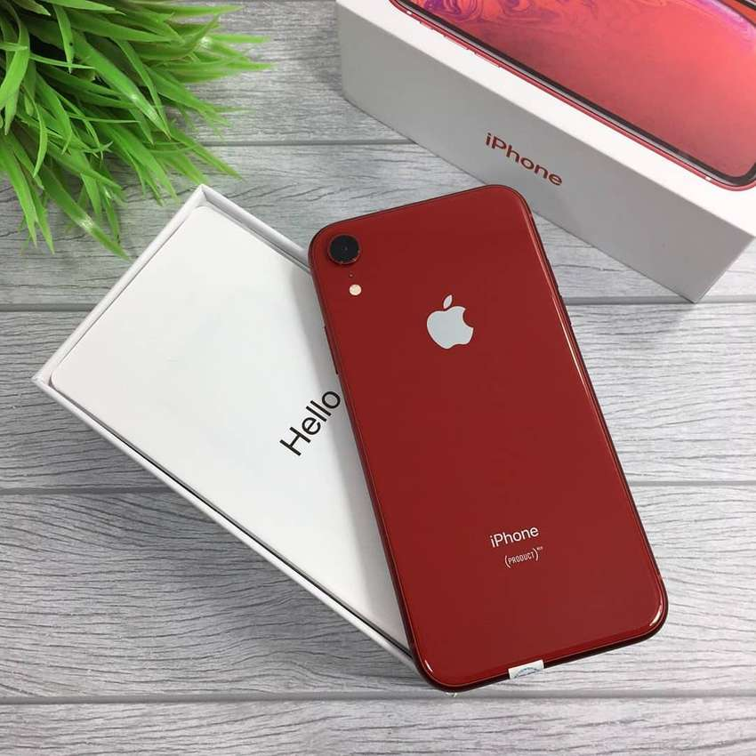 iPhone XR 64/256GB 0