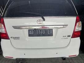 Innova diesel G 2012 AB istimewa di Jogja