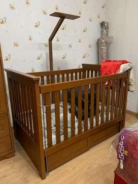 Ranjang bayi second