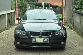 BMW 320i E90 63km AT Bagus