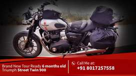 Want to sell  My 6 month old Triumph Street Twin 900