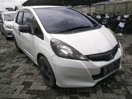 Honda Jazz MT 2013 (mobil lelang)