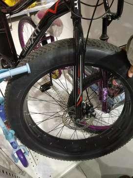 Bmx cycle hdbxhggfshzghggsh