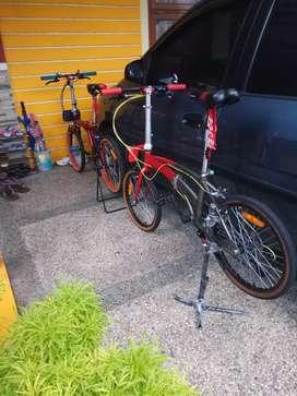 Jual 2 unit sepeda lipat SELI customs 20 inchi.
