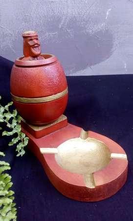 Souvenir Philipina Barrel man