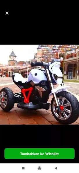 Mainan motor aki bmw rninety MOB 3027