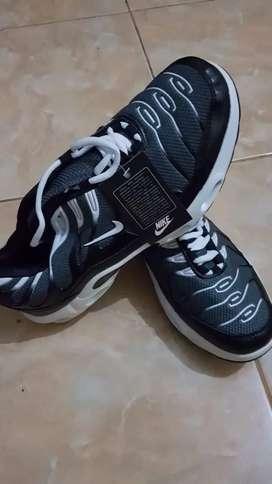 Sepatu N1k3 new BNIB