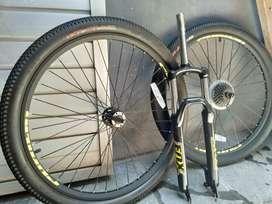 Roda dan fork sepeda