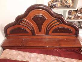 A set of 1 Double Bed and 1 Cupboard.