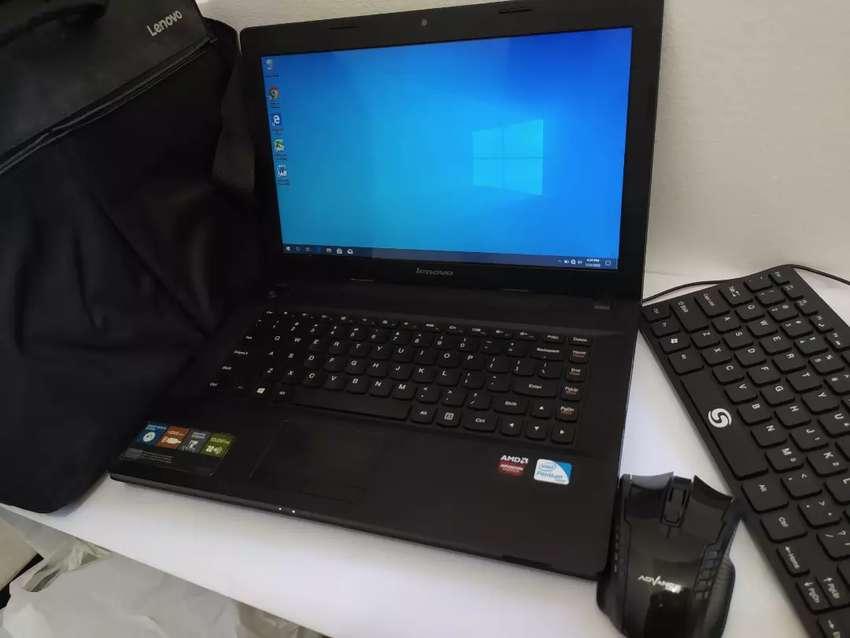 Laptop bagus Lenovo G400 RAM 4Giga grafik OK bisa kerja di rumah nego 0