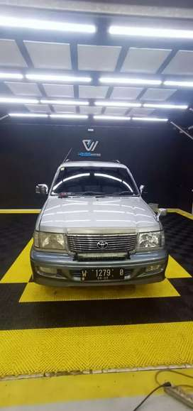 Toyota Kijang Krista