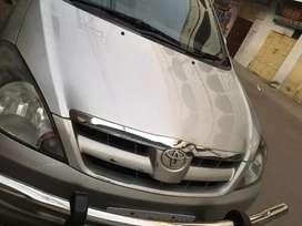 Toyota innova 2.5v 2007