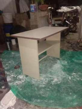 Class room ka chair