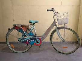 Hero Flora Ladies Cycle