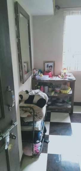 room available for girls