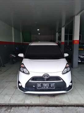 Toyota sienta type G MT pakai 2017 antik