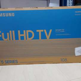 Samsung 43inches Smart LED TV(Brand new pack unit)