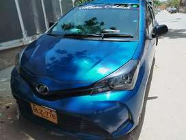 Toyota vitz Little scretches only no major accident