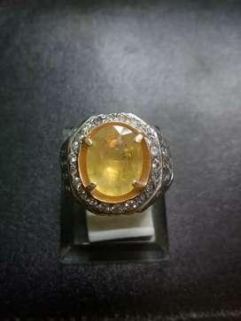 Batu Permata Yellow Shappire Corundum