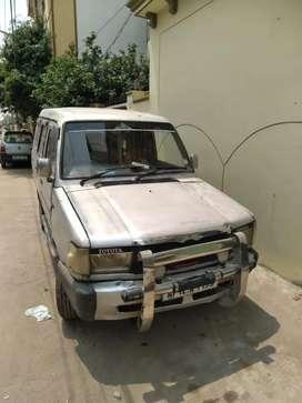 Toyota qualis 2002 neat condition