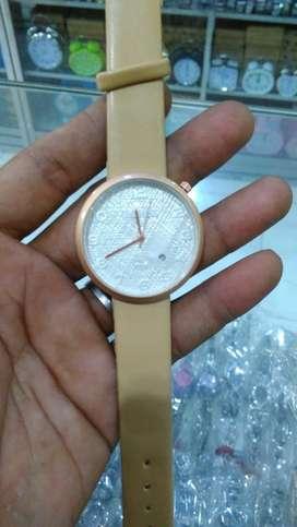 Jam tangan Timberland wanita cream date on